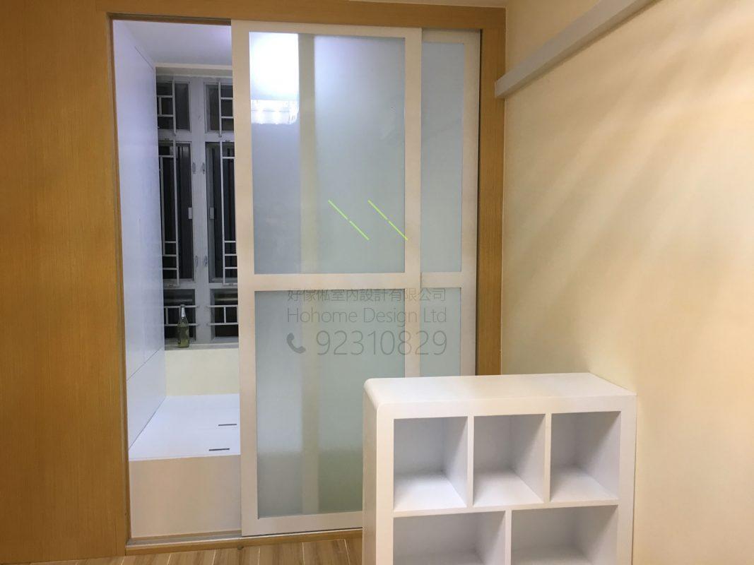 客人在睡房的訂造傢俬有: 客廳/ 特色間房趟門/ 客廳貯物櫃/ 書櫃/ 床/ 地台床/ 榻榻米/ 油壓床/ 睡房貯物櫃
