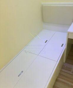 客人在睡房的訂造傢俬有: 睡房/ 床/ 床頭板/ 地台床/ 榻榻米/ 油壓床/ 檯/ 書檯