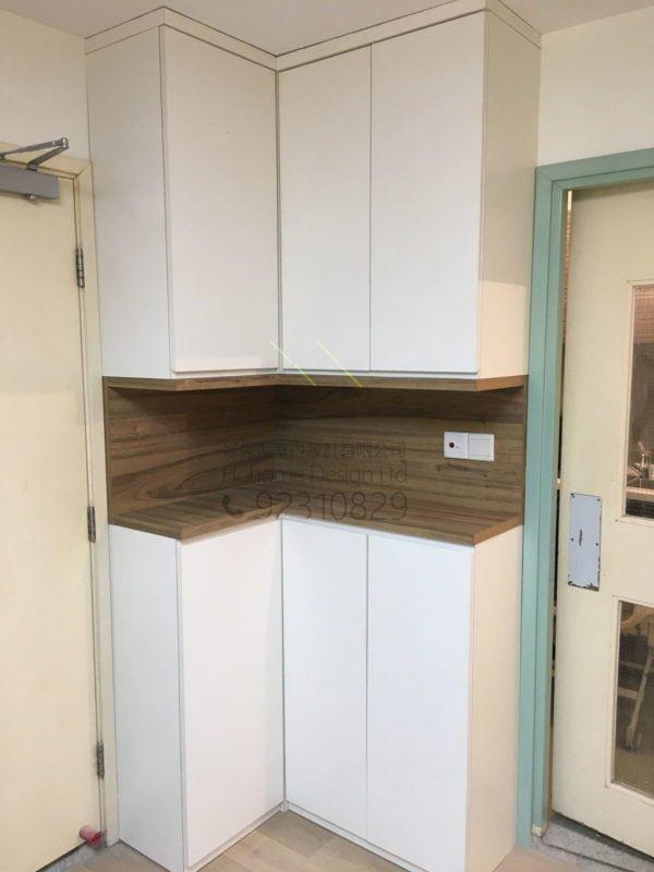客人在客廳的訂造傢俬有: 轉角櫃/ 客廳貯物櫃/ 客廳儲物櫃