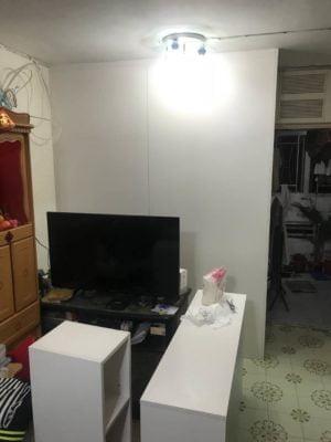 客人在睡房的訂造傢俬有: 客廳/ 間房櫃/ 床/ 地台床/ 榻榻米/ 油壓床/ 睡房貯物櫃/ 床尾櫃/ 衣櫃