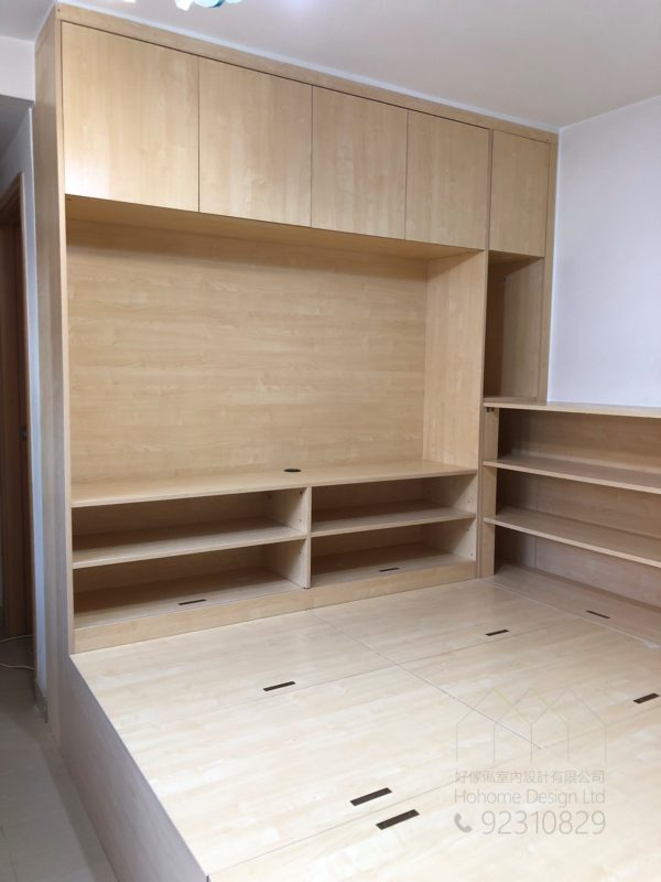 客人在客廳的訂造傢俬有: 客廳/ 客廳貯物櫃/ 客廳儲物櫃/ 客廳榻榻米/ 客廳儲物地台/ 視聽組合 / 電視櫃