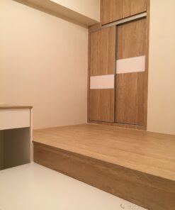 客人在睡房的訂造傢俬有: 睡房/ 床/ 地台床/ 榻榻米/ 油壓床/ 睡房貯物櫃/ 衣櫃/ 檯/ 梳妝檯