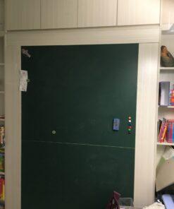 客人在睡房的訂造傢俬有: 雙面櫃/ 客廳/ 間房櫃/ 睡房貯物櫃