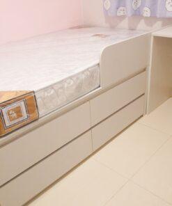 客人在睡房的訂造傢俬有: 睡房/ 床/ 地台床/ 榻榻米