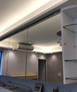客人在客廳的訂造傢俬有: 轉角櫃/ 隱形門/ 客廳貯物櫃/ C字櫃/ 客廳儲物櫃/ 飾物櫃/ 書櫃/ 鞋櫃/ 玄關櫃