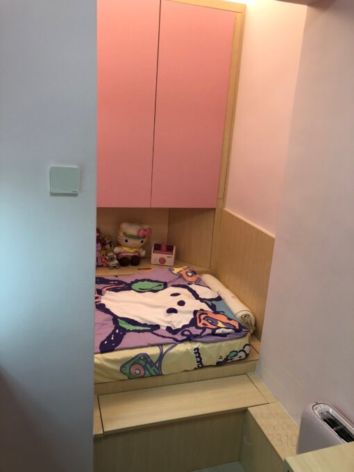 客人在睡房的訂造傢俬有: 睡房/ 床/ 地台床/ 榻榻米/ 睡房貯物櫃/ 床側櫃