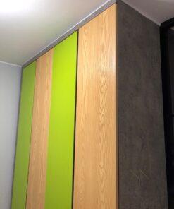 客人在睡房的訂造傢俬有: 雙面櫃/ 客廳/ 間房櫃/ 特色間房趟門/ 睡房貯物櫃/ 衣櫃