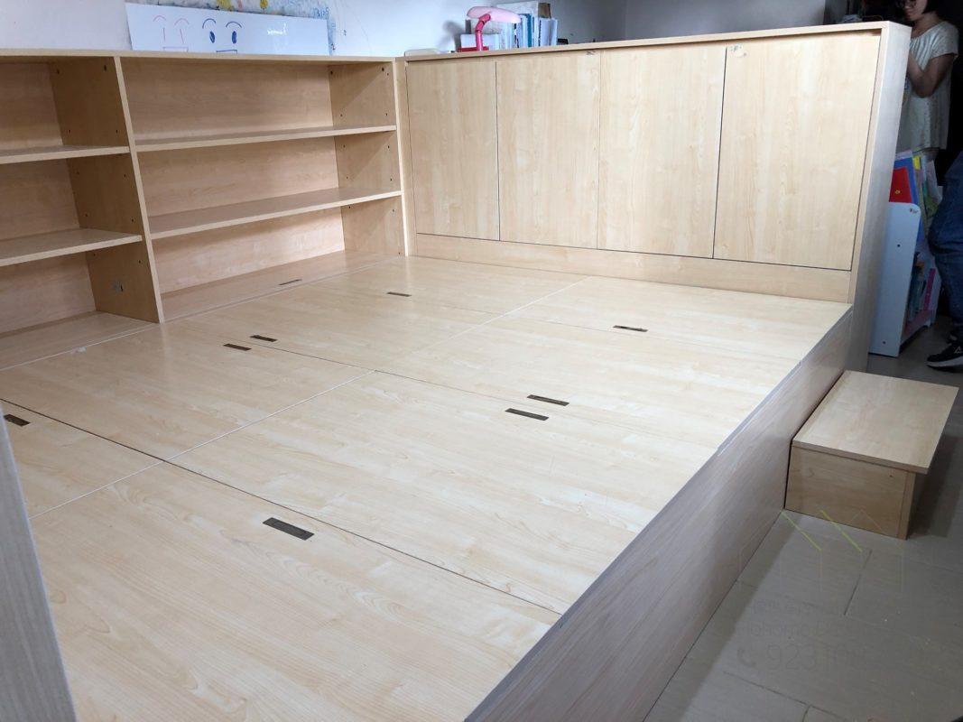 客人在客廳的訂造傢俬有: 客廳/ 間房櫃/ 客廳貯物櫃/ 客廳儲物櫃/ 客廳榻榻米/ 客廳儲物地台