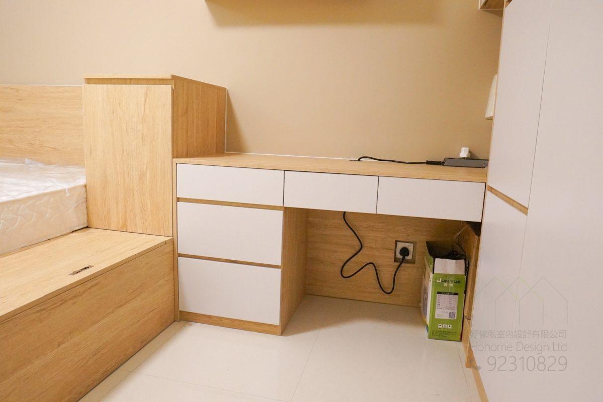 客人在睡房的訂造傢俬有: 睡房/ 檯/ 書檯