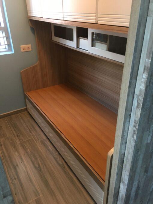客人在睡房的訂造傢俬有: 睡房/ 床/ 組合床/上下床/碌架床/L形床/雙層床/ 2尺半上下床/ 床側櫃