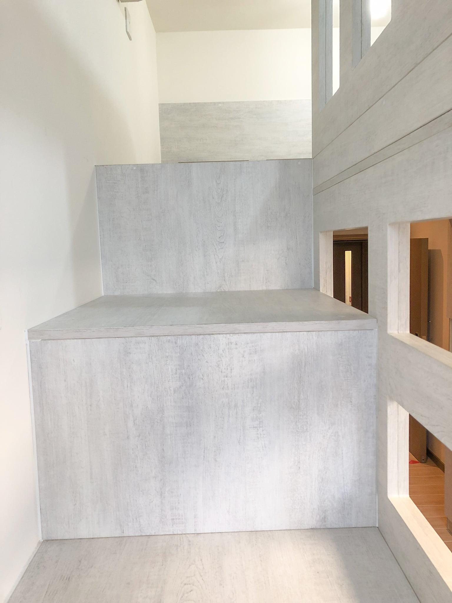閣樓樓梯級