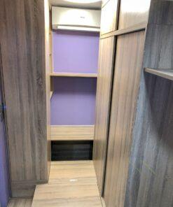 地台及書枱及衣櫃
