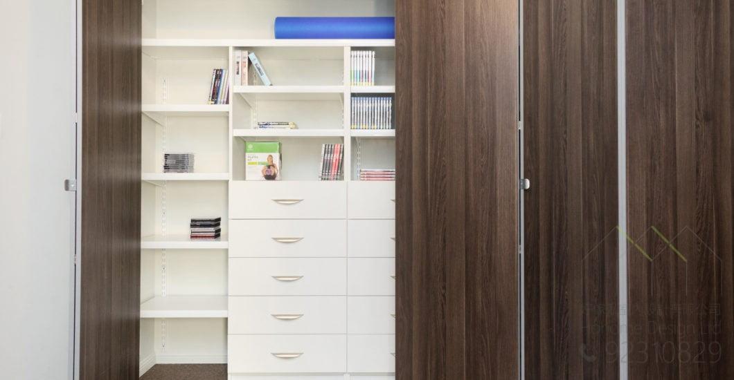 折疊趟門衣櫃五金,適合應用在訂造衣櫃及趟門或其他由我們設計師建議的訂造傢俬之上