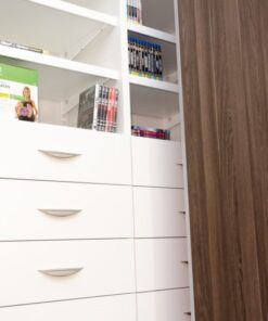 折疊趟門衣櫃五金,適合應用在訂造趟門及衣櫃或其他由我們設計師建議的訂造傢俬之上