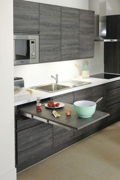 完美不佔空間的隱形前翻伸縮餐枱軌道,適合應用在訂造儲物櫃、廚櫃及伸縮枱或其他由我們設計師建議的訂造傢俬之上