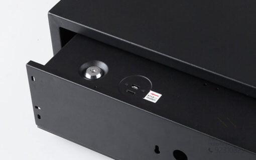 安全家用智能解屏密碼鎖保險櫃,適合應用在訂造保險櫃或其他由我們設計師建議的訂造傢俬之上