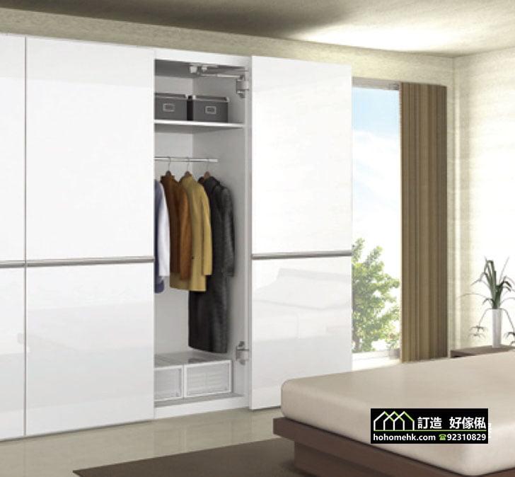 優質巴士式移門衣櫃飾櫃門鉸配件,適合應用在訂造趟門、衣櫃、儲物櫃、書櫃、電視櫃、鞋櫃及吊趟門或其他由我們設計師建議的訂造傢俬之上