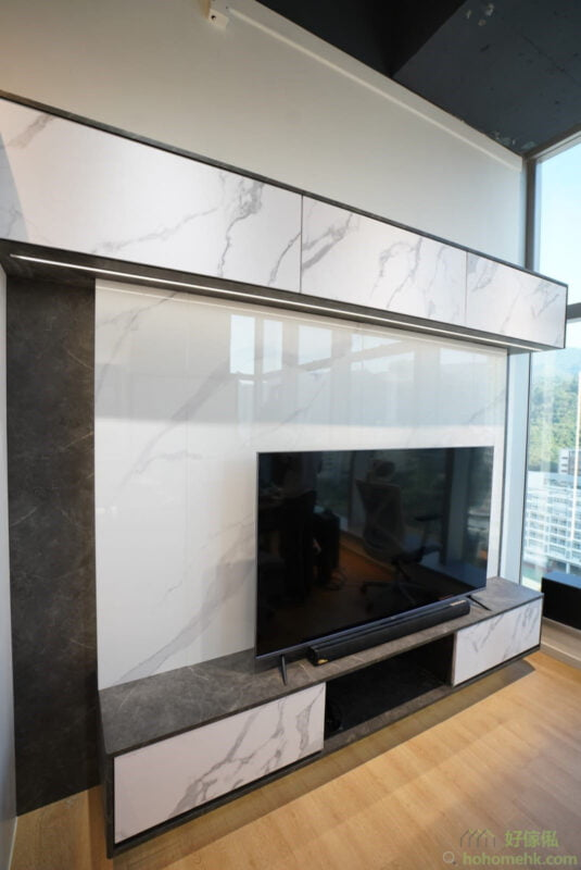 現代風格的電視機櫃,以上中下為主線