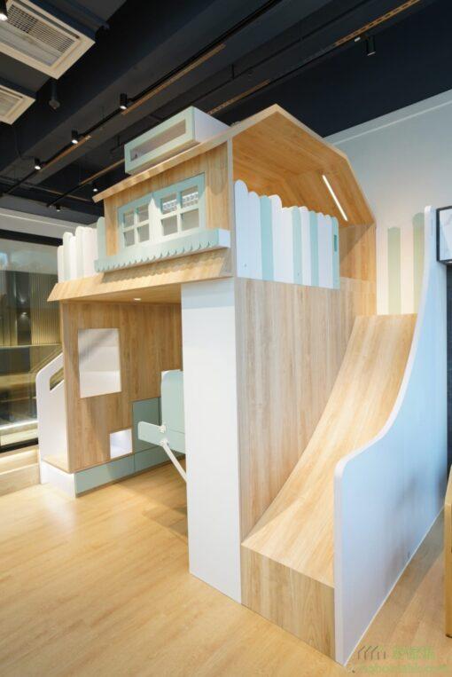 樹屋組合床的完成圖。