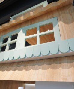 屋仔組合床看點: 圓邊屋頂、花槽、雨簷