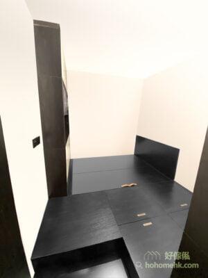 睡房的黑色地台床連衣櫃, 純黑地台讓睡房變得帥氣