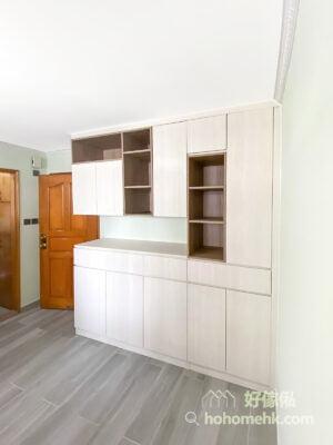 客廳C字櫃, 組合層, 儲物櫃, 以淺木色取代白色令空間更溫暖