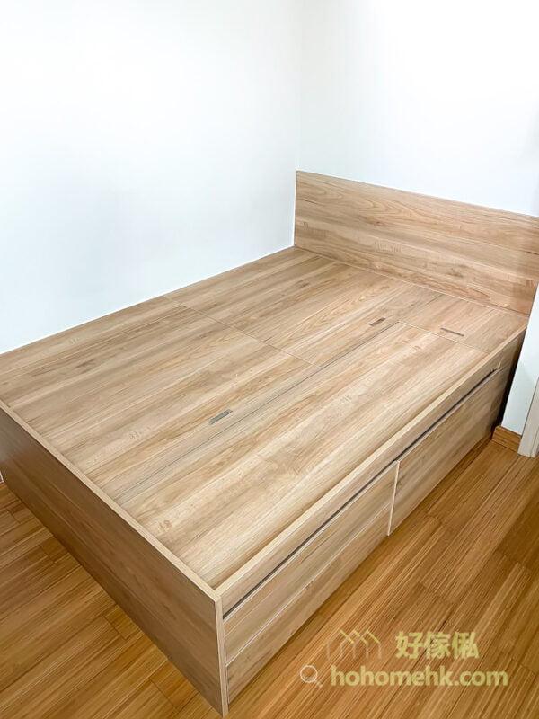 訂造地台床連衣櫃