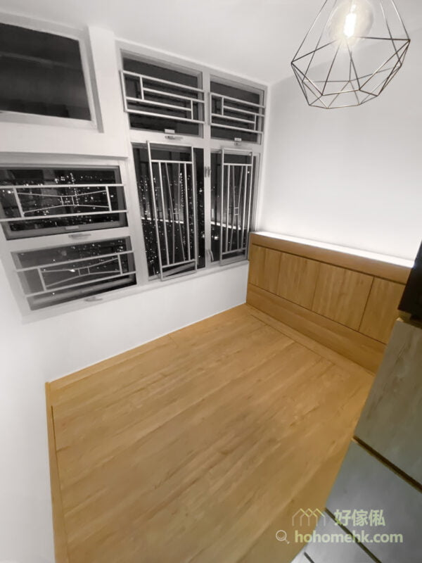 睡房地台床連床頭櫃, 衣櫃