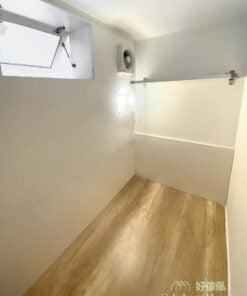 客廳櫃連工人房, 內有通風窗、抽氣扇及風扇, 保持房間通爽