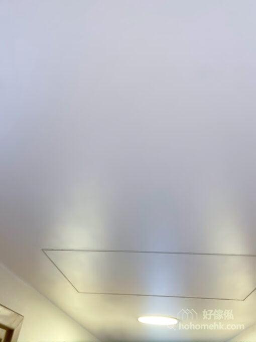 隱藏式設計走廊天花吊櫃