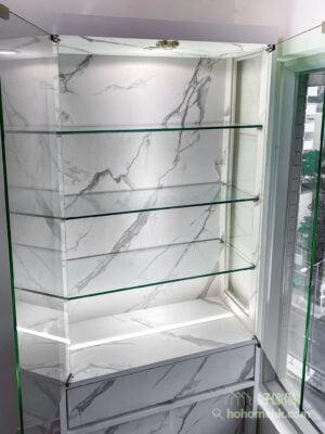 客廳的大理石紋飾物櫃, 經典大理石紋提升質感