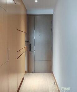 玄關櫃的暗抽櫃門可組成不一樣的幾何圖案