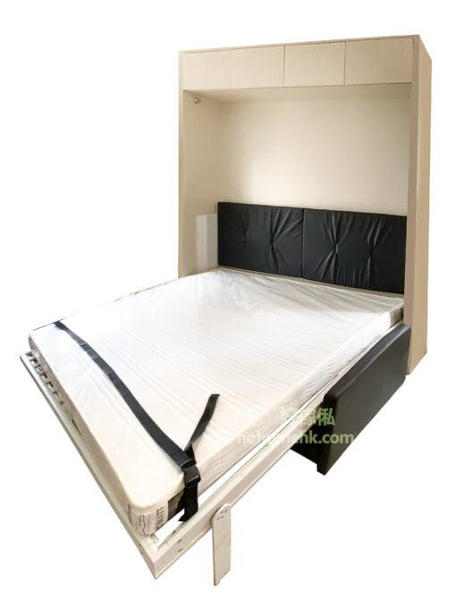 變形沙發床, 具有沙發、睡床及儲物功能