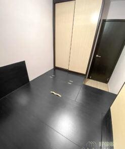 睡房的黑色地台床連衣櫃