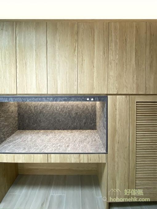 實用性與美觀兼備的玄關櫃, 混搭不同板材 創出與別不同的展示風格