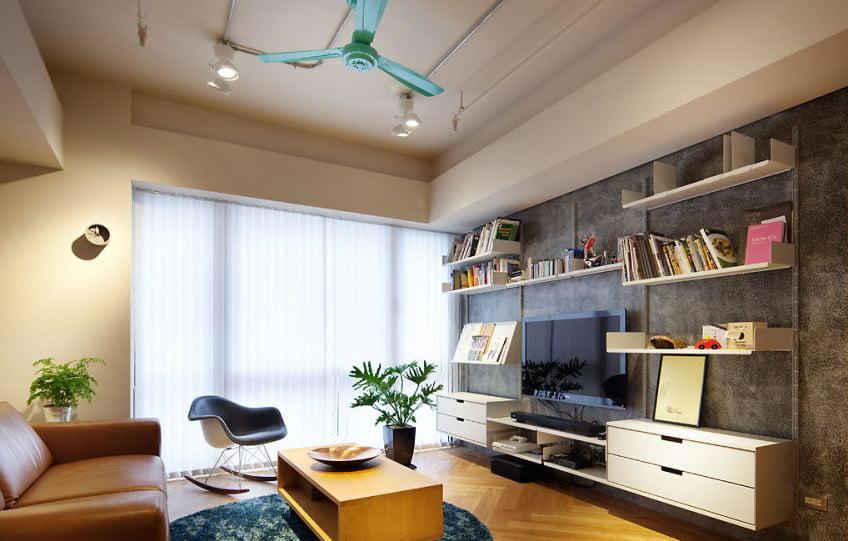 書櫃闊度定在90至120厘米, 避免層板彎曲