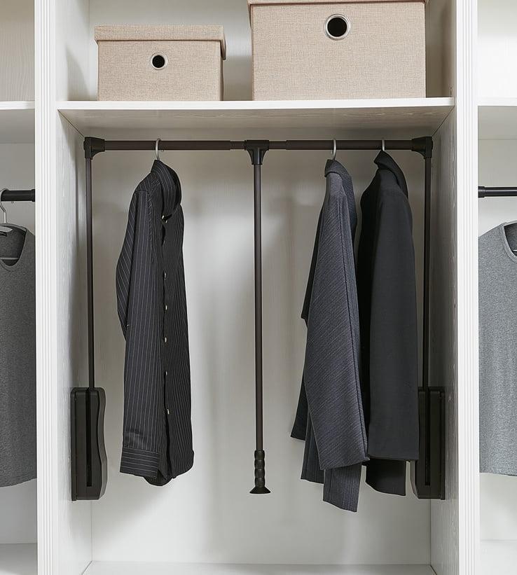 衣櫃內的五金配件, 伸縮衣架, 下拉式掛桿, 腳架, 飾物盤