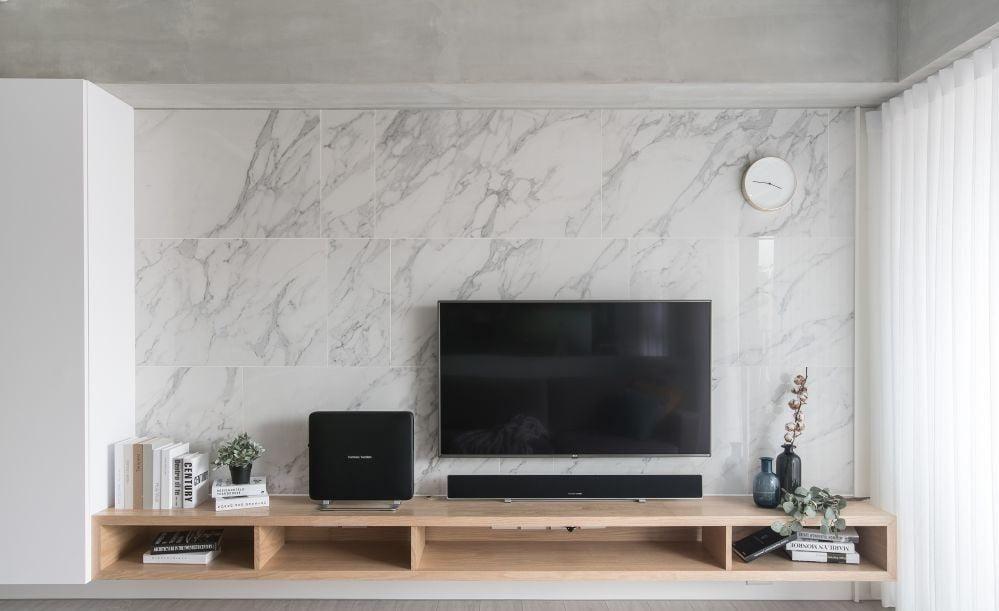 大理石牆面飾板, 可展現客廳的氣派