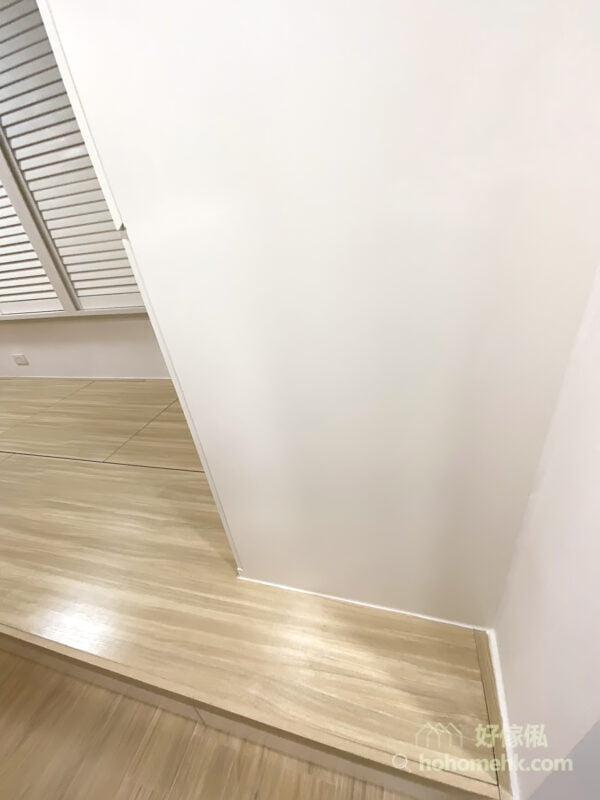 木百葉窗簾連地台