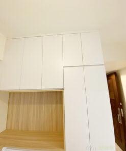 淺木配白的配色是現在簡約風最常見的配色,經典耐看