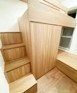 淺木系色調的碌架床/上下格床設計,猶如與大自然融為一體,令空間感覺寬敞舒適