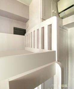 以純白、暖白或象牙白等白色作為傢俬的主要色調,讓室內空間增添一份小清新風,而且白色也能提升空間感