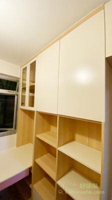 隱蔽式的收納空間,用櫃門把雜亂通通遮掉