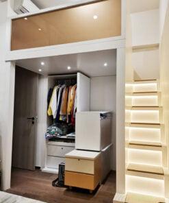 閣樓床一般比碌架床高,面積也較大,下層的空間非常適合打造成小型衣帽間