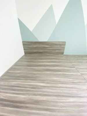 將睡房的彩度降低,選擇淡雅的馬卡龍色彩,例如粉藍和粉綠,有助舒緩情緒及放鬆心情。