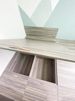 榻榻米地台,不只提供大量的儲物空間,更讓用家擁有寬闊的活動空間