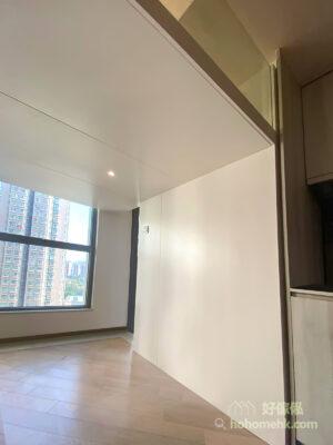 白色和淺木色都是常常被用於閣樓設計的顏色,因為可以大大提升視覺空間