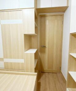 睡房都可以有個「小玄關」,留一個中空的位置,有一個小檯面可以就手地擺放隨身物品,例如洗澡前除下來的飾品、常用的藥膏等。