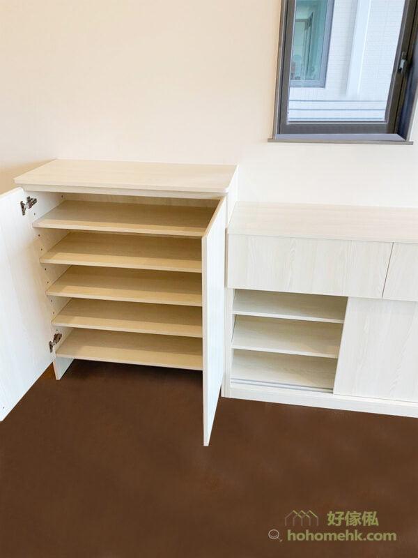 客廳的儲物櫃應避免個別規劃或四處擺放,長方形的客廳最好從玄關鞋櫃、電視櫃、書櫃等,一氣呵成地設計,為空間增添大器感,儲物也更輕鬆