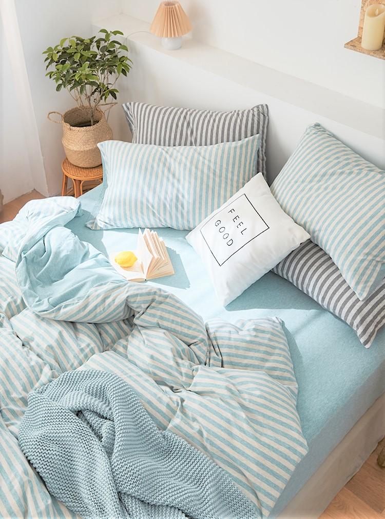 為空間牆身及家品選個清爽的冷感色調,例如淺藍、粉藍,或粉綠色調都有降溫效果。與白色為主調的傢俬碰在一起,就能為空間去除悶熱感受